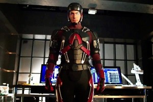 Brandon Routh The Atom costume